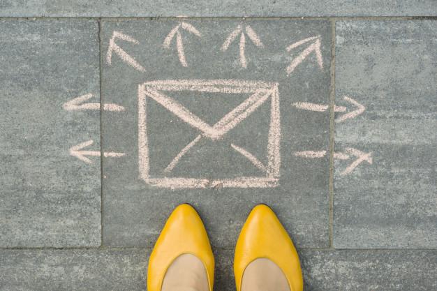 budowanie listy mailingowej od czego zacząć newsletter, jak pozyskać czytelników - blog o biznesie, kobiecy biznes, kobiecy blog